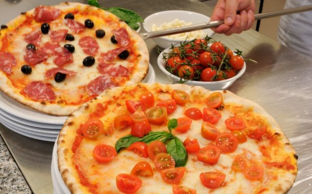 Porta Sant'Andrea: sabato 10 febbraio pizzeria per tutti i quartieristi.