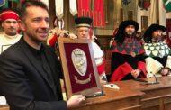 Il Premio Civitas Aretii ad Andrea Scanzi