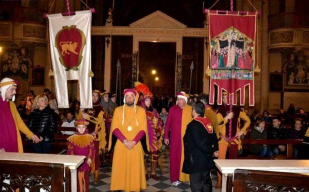 Il Quartiere di Porta del Foro in visita ai Sepolcri