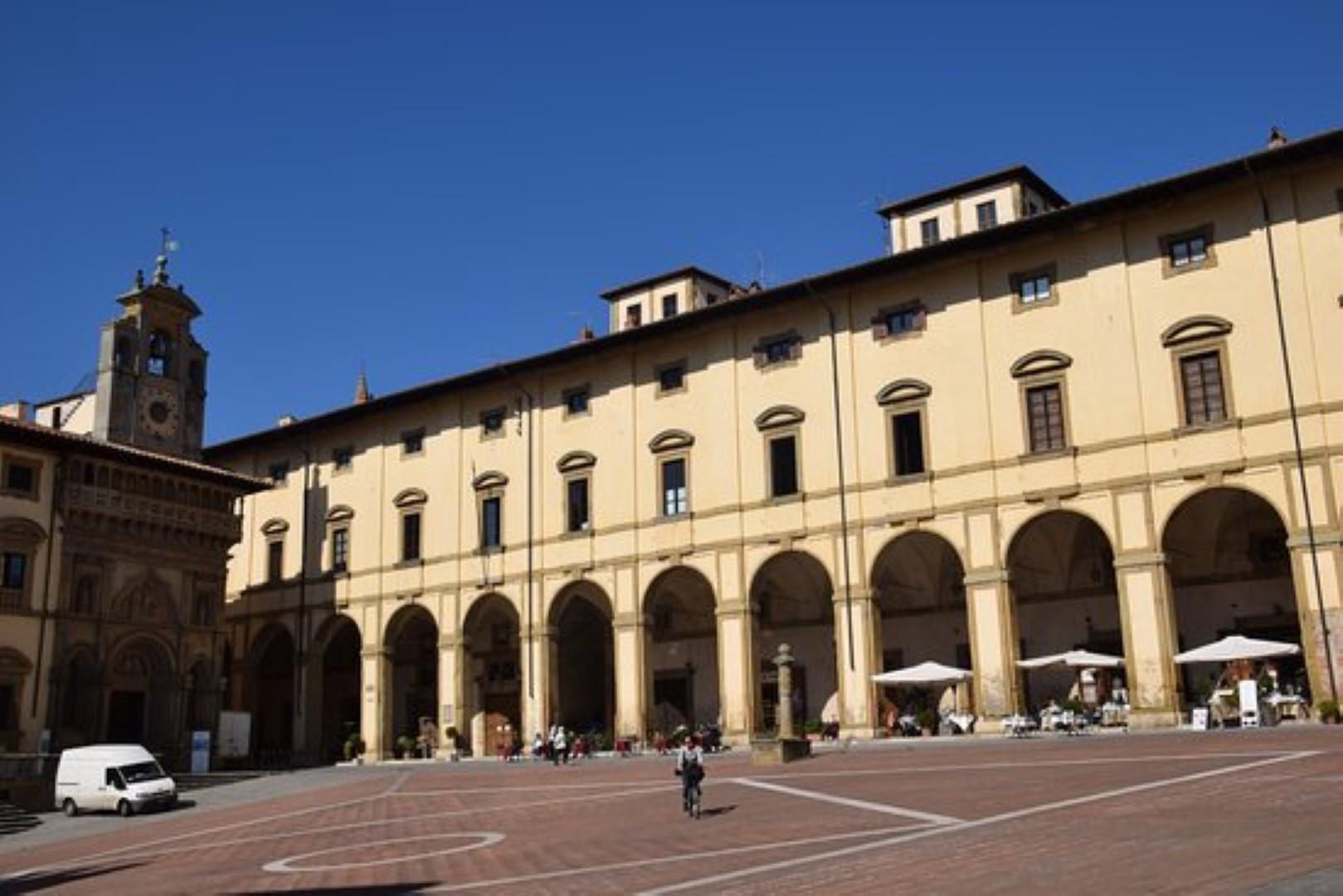 Il nuovo look delle logge Vasari: al via il progetto di restauro