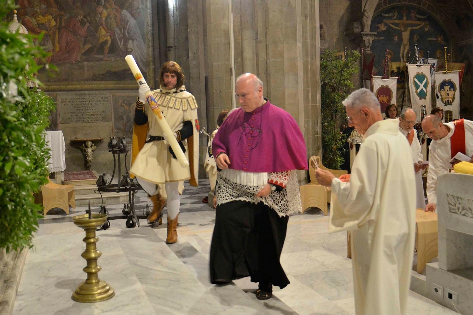 Giostra: l'offerta del cero a San Donato