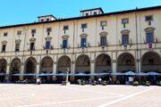 Giostra: montati gli scudi in Piazza Grande